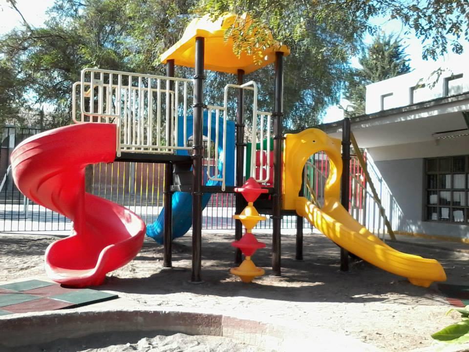 Colegio jorge alessandri independencia megajuegos for Mobiliario para parvulos